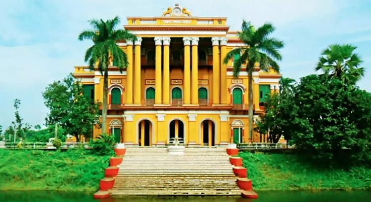 Best-Places-to-Visit-Near-Kolkata-in-April-Murshidabad