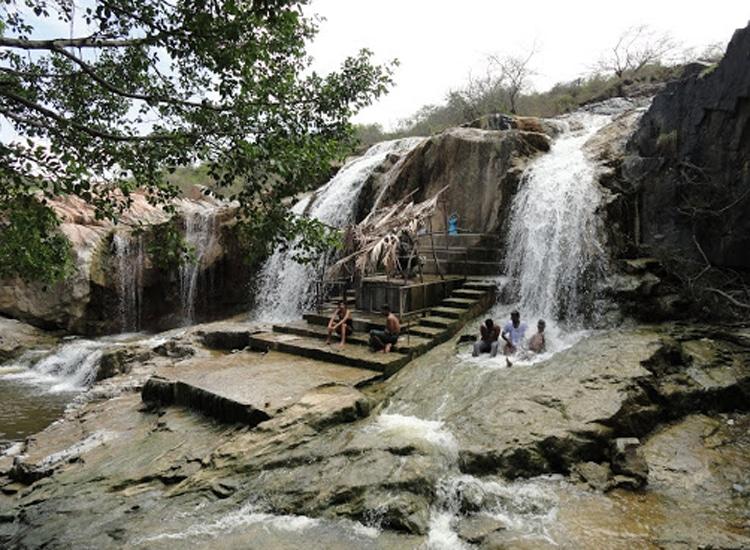Kaigal Falls Near Bangalore