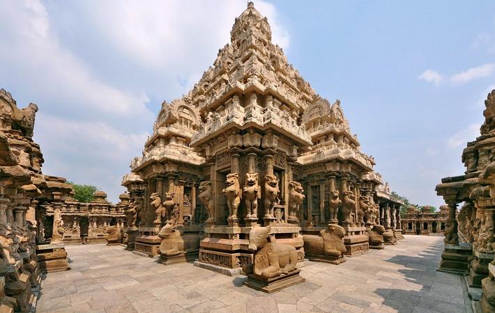 places-to-visit-near-chennai-with-family-kanchipuram