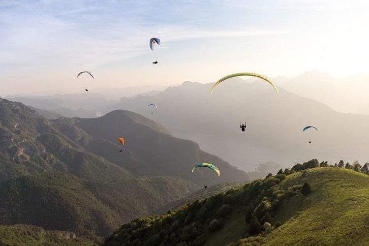 Himachal Pradesh Will Host A Paragliding & Dragon Boat Festival Soon