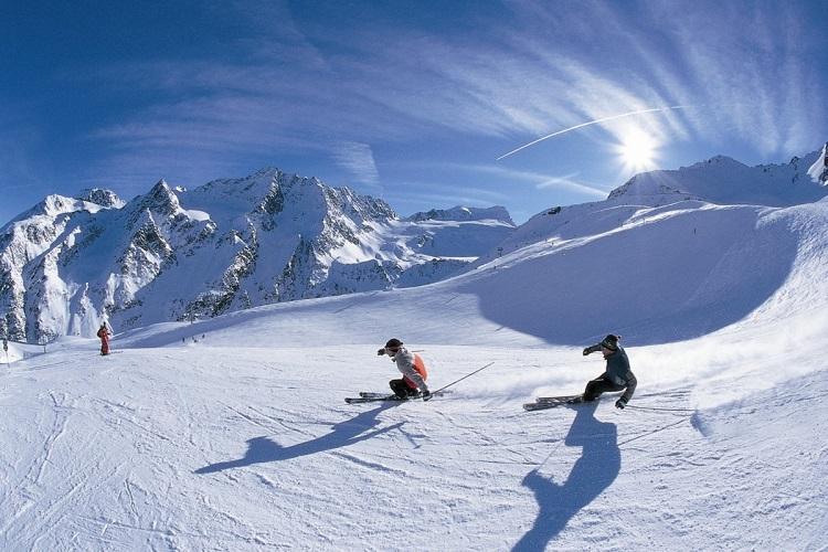 Ski the Himalayas in Auli