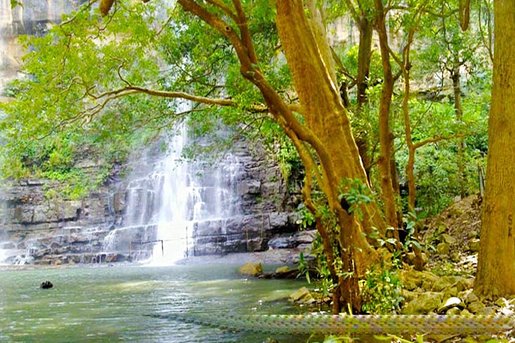 safe-places-to-visit-near-hyderabad-with-covid-guidelines-Mallela-Theertham-Waterfall