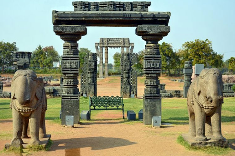 safe-places-to-visit-near-hyderabad-with-covid-guidelines-Warangal