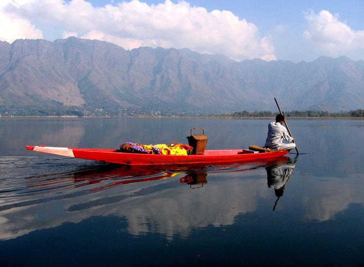 Kayaking at Nagin Lake, Srinagar