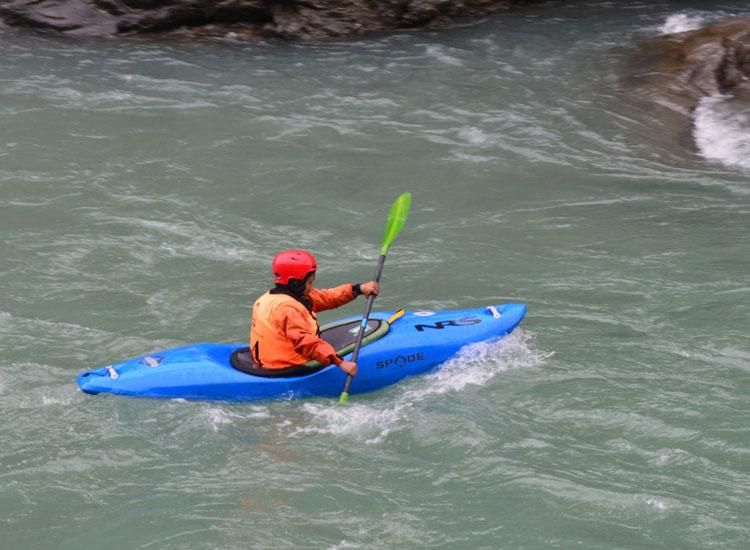 Sharda River Kayaking in Uttarakhand