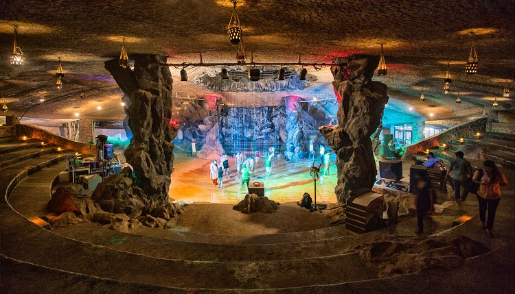 cave theme resorts in india