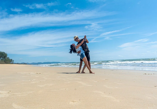 5 Best Beaches in Goa for Couples to Enjoy Vibrant Nightlife Scenes