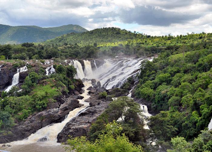 Shiv Samudra Falls in Karnataka