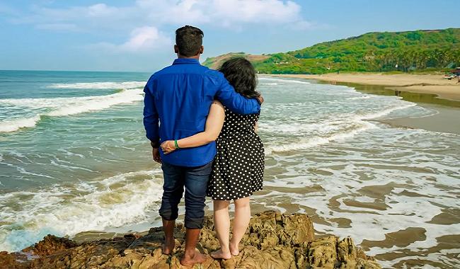 goa beach for couple