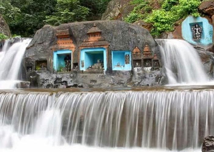Kalathigiri Falls in Chikmagalur