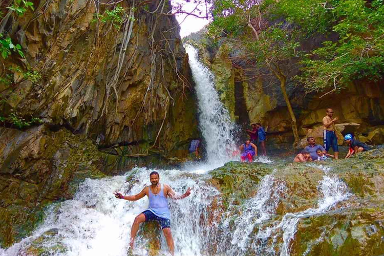 places-to-visit-near-chennai-within-300-Kaigal-Falls