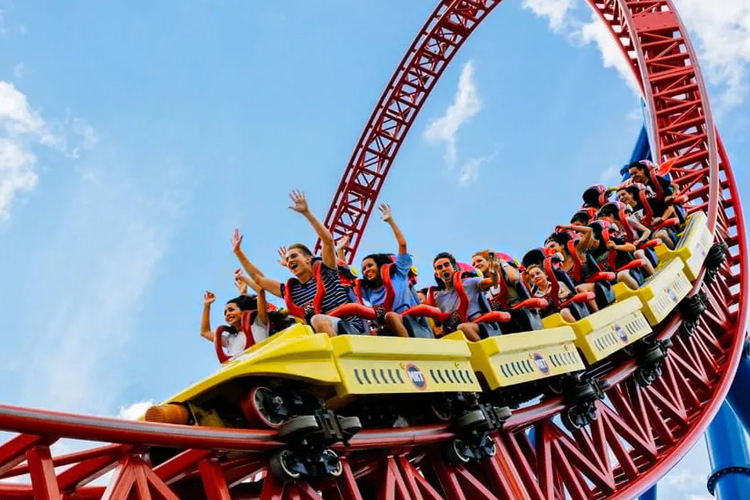 places-to-visit-near-chennai-within-300-queensland-amusement-park
