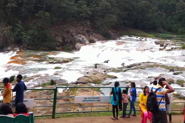pykara-falls-and-lake