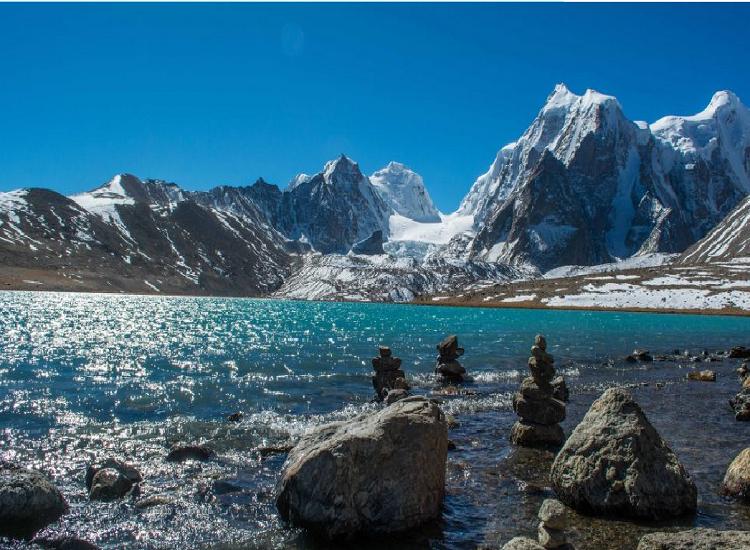 Gurudongmar Lake is famous lake in sikkim