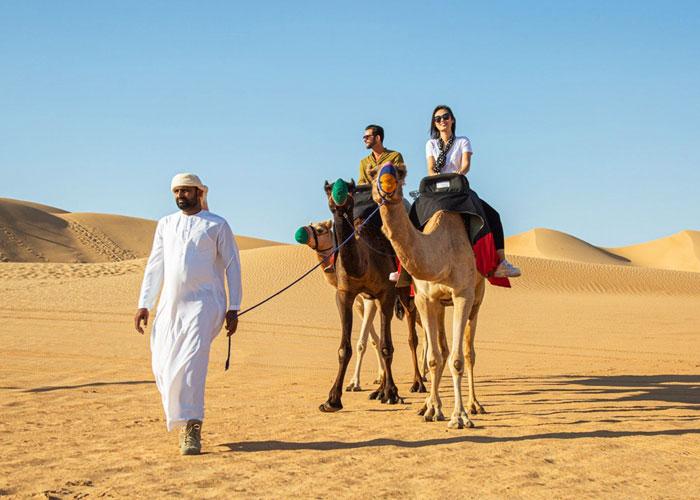 Enjoy Camel Ride on dubai Desert